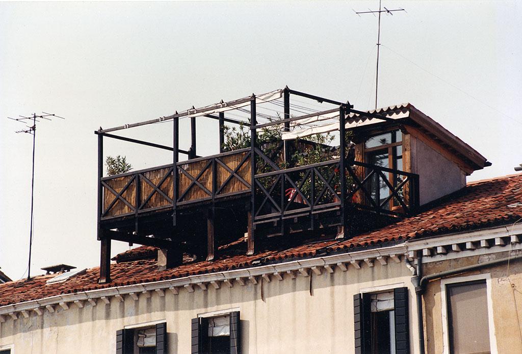 Spazio legno altane - Casa in legno su lastrico solare ...